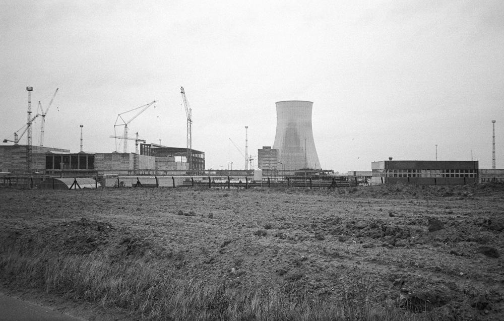 Baustelle des Kernkraftwerks Stendal. Quelle: Bundesstiftung Aufarbeitung, Fotobestand Klaus Mehner, 88_1013_WIF_AKW_04
