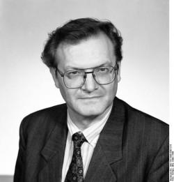 Gerhard Pohl. Quelle: Bundesarchiv, Bild 183-1990-0305-314, Fotograf: Elke Schöps