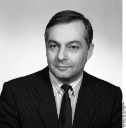 Klaus Reichenbach. Quelle: Bundesarchiv, Bild 183-1990-0308-302, Fotograf: Elke Schöps