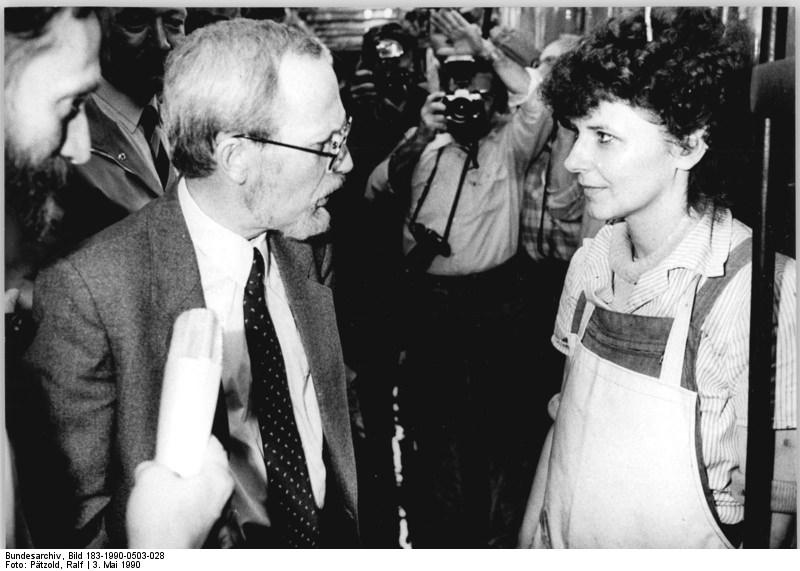 Quelle: Bundesarchiv, Bild 183-1990-0503-028, Fotograf: Ralf Pätzold