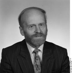 Manfred Dott. Quelle: Bundesarchiv, Bild 183-1990-0622-308, Fotograf: Elke Schöps