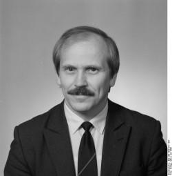 Uwe Pautz. Quelle: Bundesarchiv, Bild 183-1990-0711-307, Fotograf: Elke Schöps