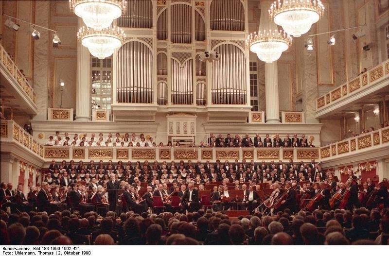 Berlin, Tag der Deutschen Einheit, Festakt. Quelle: Bundesarchiv, Bild 183-1990-1002-421, Fotograf: Thomas Uhlemann