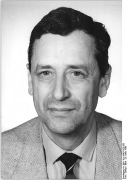 Bundesarchiv, Bild 183-1990-0328-330, Fotograf: Elke Schöps