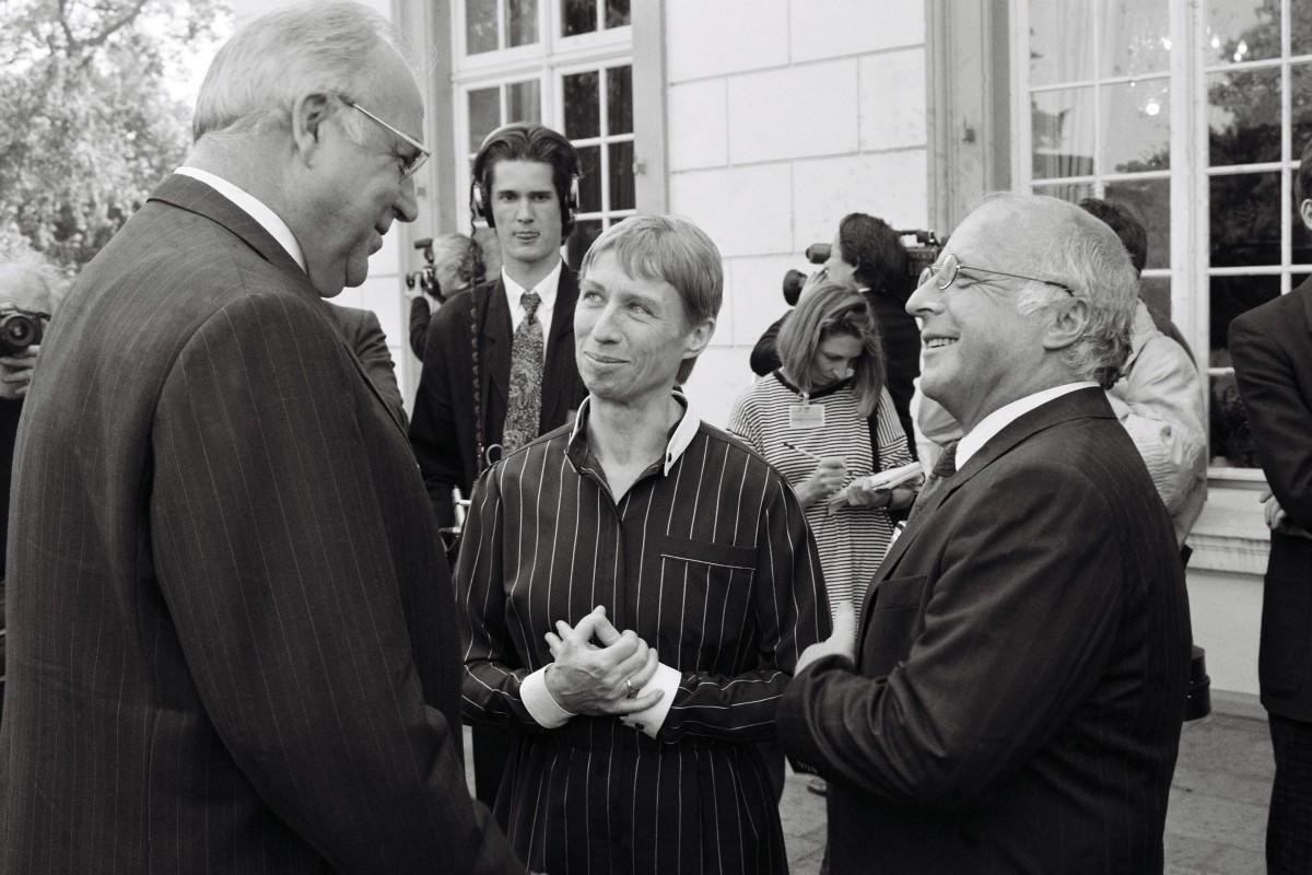 Helmut Kohl, Regine Hildebrandt und Norbert Blüm. Quelle: Bundesregierung / Lemmerz