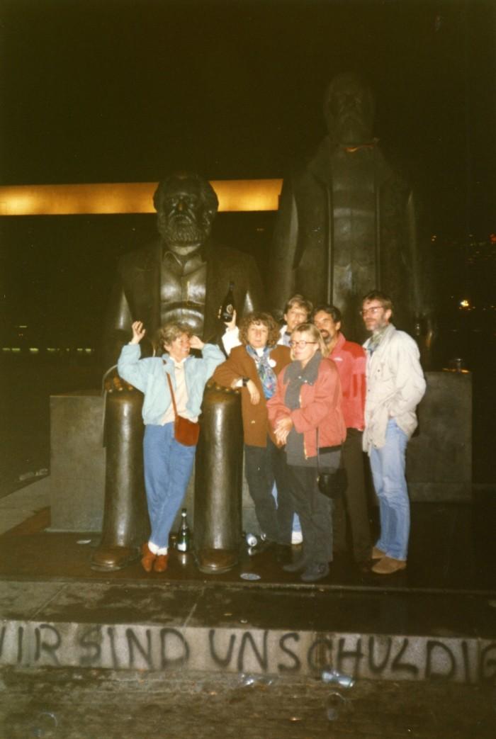 Marx-Engels-Denkmal. Quelle: Monika Waak, CC BY-NC-NN, www.wir-waren-so-frei.de