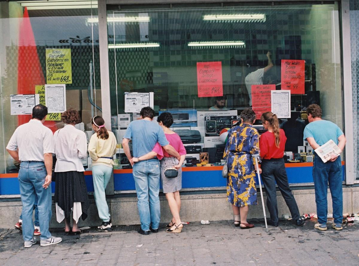 Berlin / Währungsunion 1990. Quelle: Bundesregierung / Lehnartz