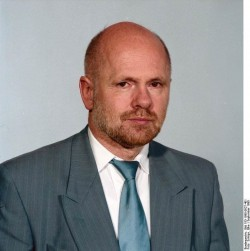 Manfred Walther. Quelle: Bundesarchiv, Bild 183-1990-0927-401, Fotograf: Elke Schöps
