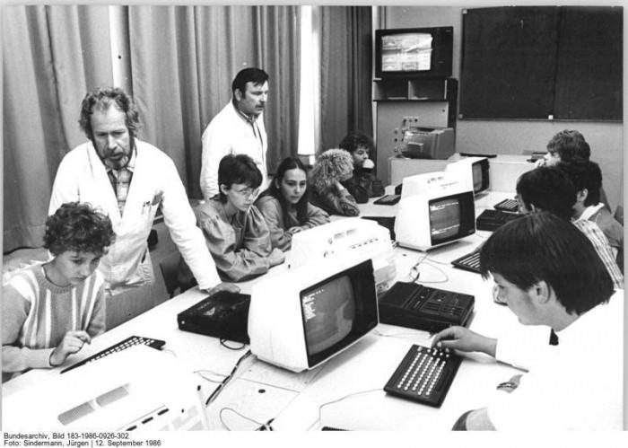 Quelle: Bundesarchiv, Bild 183-1986-0926-302, Fotograf: Jürgen Sindermann