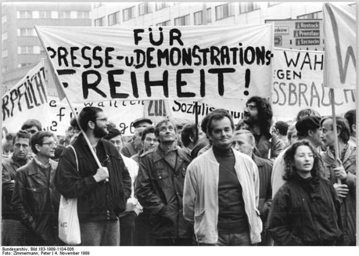 Demonstration in Ost-Berlin am 4. November 1989.