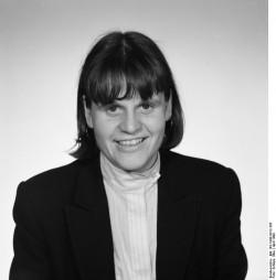 Cordula Schubert. Quelle: Bundesarchiv, Bild 183-1990-0412-305, Fotograf: Elke Schöps
