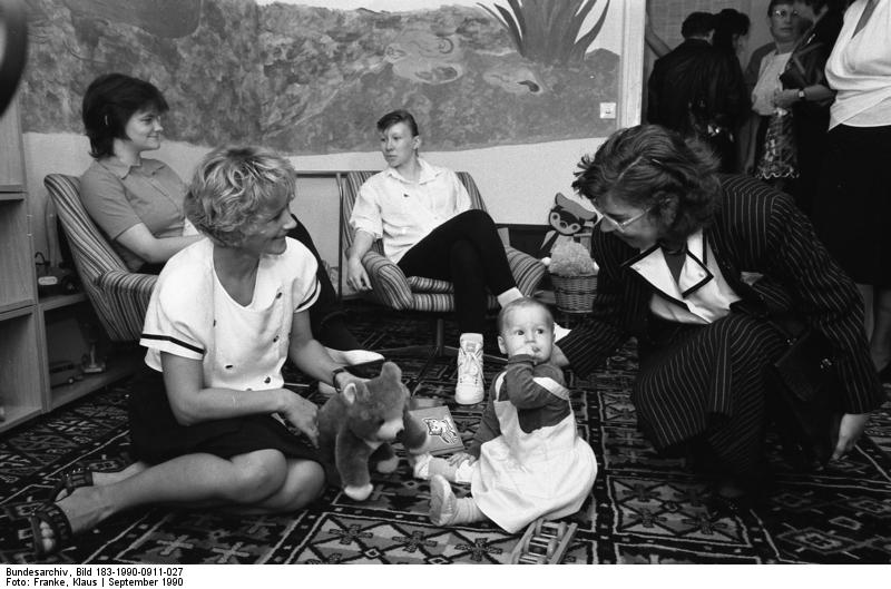 Quelle: Bundesarchiv, Bild 183-1990-0911-027, Fotograf: Klaus Franke
