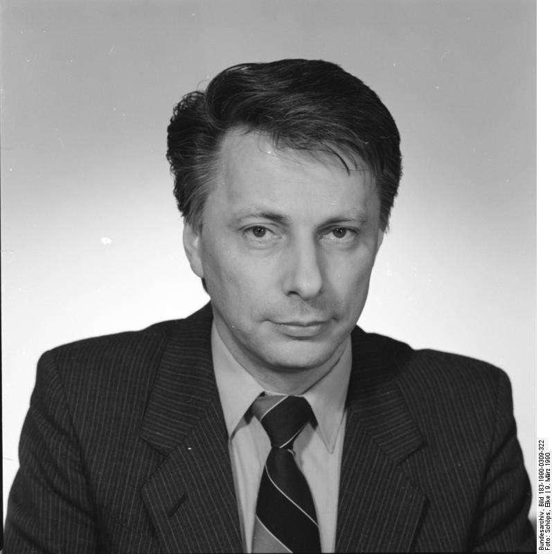 Rainer Ortleb. Quelle: Bundesarchiv, Bild 183-1990-0309-322, Fotograf: Elke Schöps