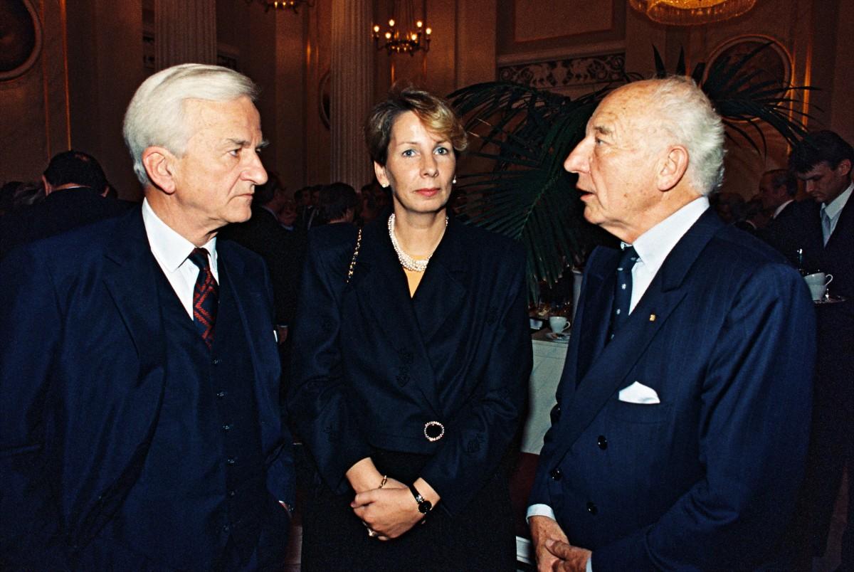 Tag der Deutschen Einheit 1990 / Bundespräsident von Weizsäcker mit Scheel und Bergmann-Pohl. Quelle: Bundesregierung / Lehnartz