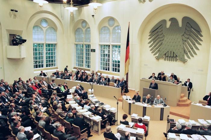 Bundestagssitzung 1990 / Einigungsvertrag. Quelle: Bundesregierung / Lemmerz
