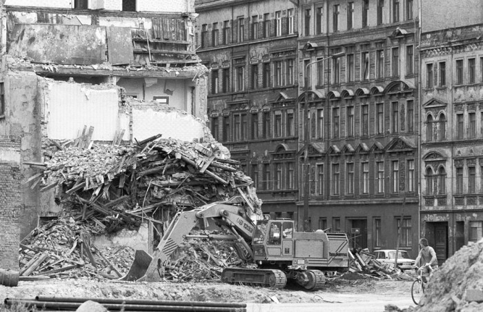 DDR Neubauprogramm befriedigt Nachfrage nicht