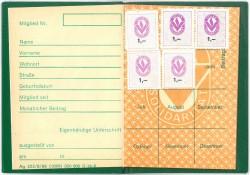 Mitgliedsbuch der Volkssolidarität mit Beitragsmarken. Quelle: Privatarchiv Heidenreich