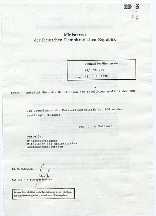 Ministerratsbeschluss über die Grundlinien der Entwicklungspolitik der DDR vom 18. Juli 1990. Quelle: BArch, DC 20/I/3/3028