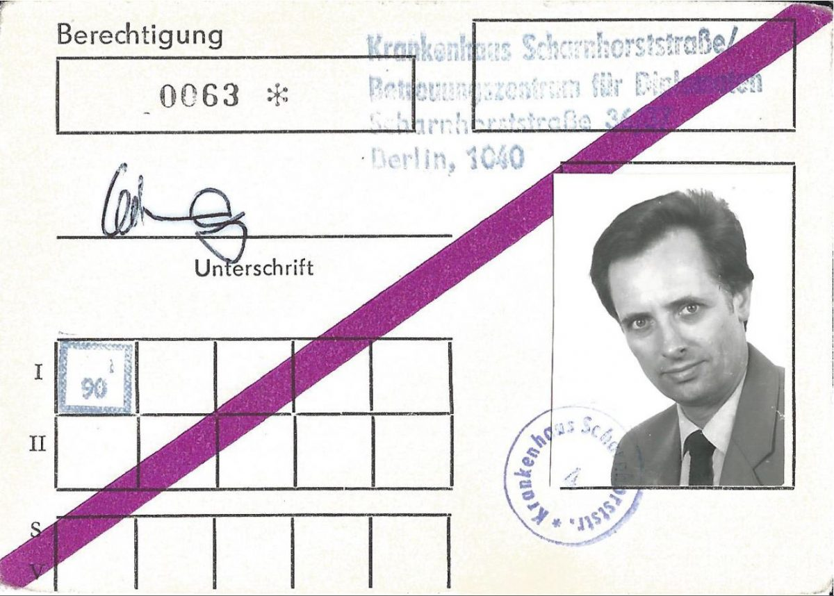 Berechtigungskarte Krankenhaus Scharnhorststraße. Quelle: Privatarchiv Hans-Jürgen Niehof