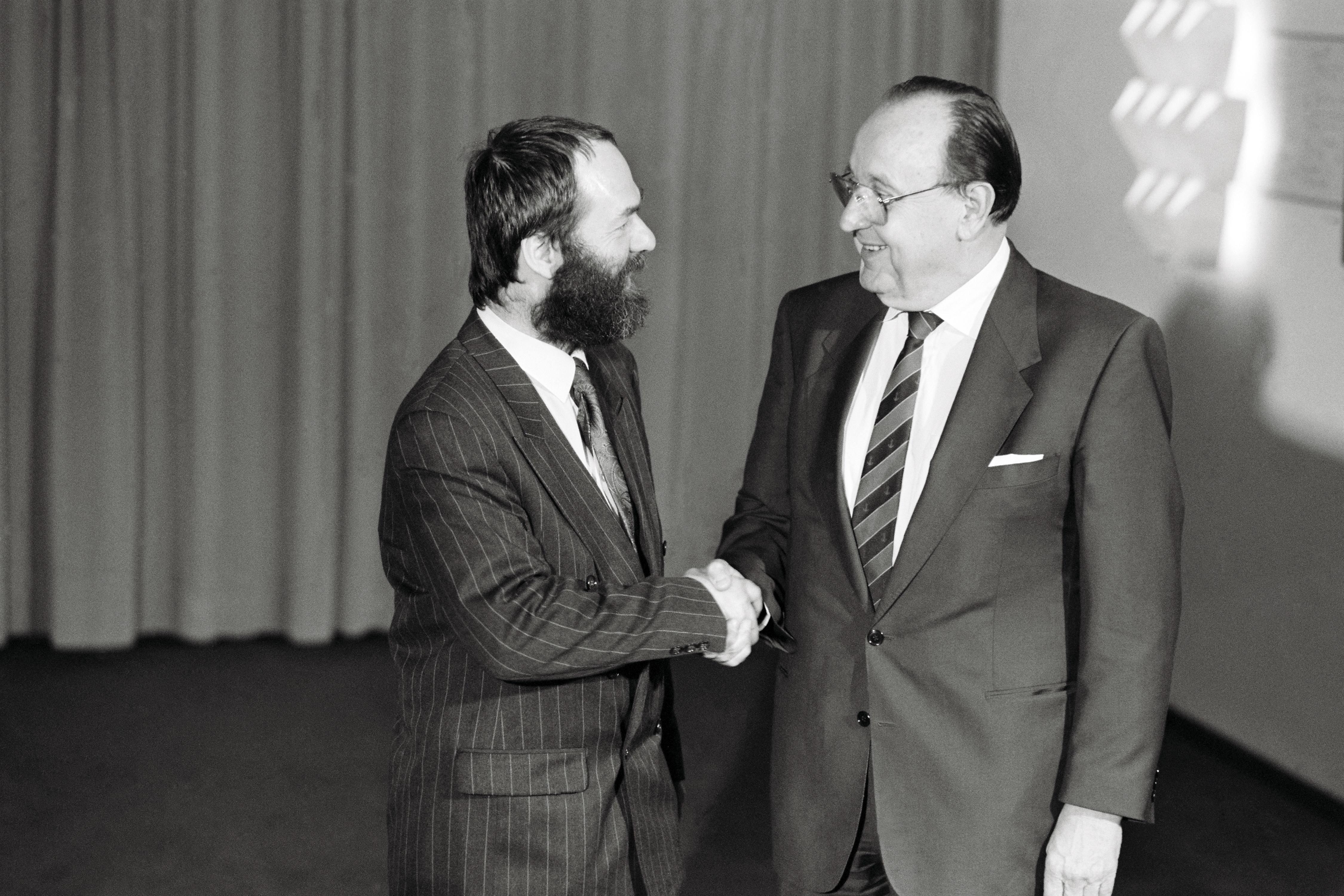 DDR-AM Meckel in Bonn 1990. Quelle: Bundesregierung / Reinicke